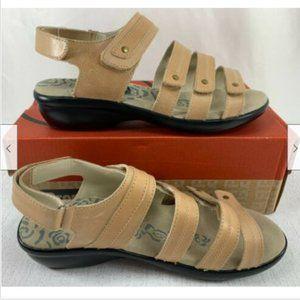 PROPET Women's Oyster Aurora Leather Sandals
